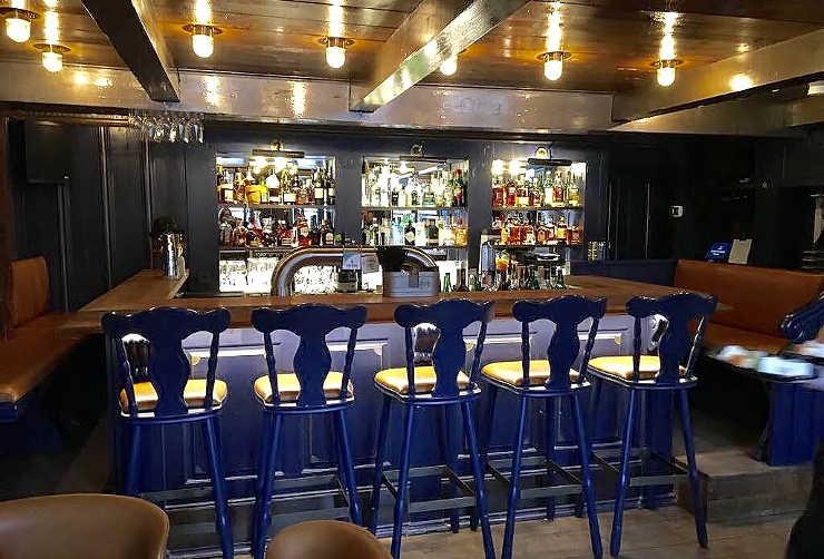 Dorfkrug Kampen Bar