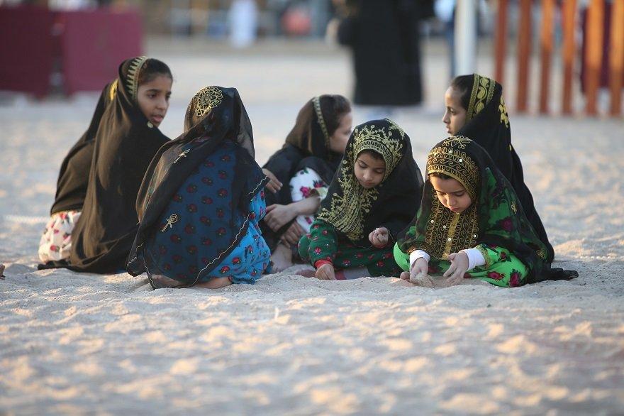 Abaya - Rolle der Frau in Qatar