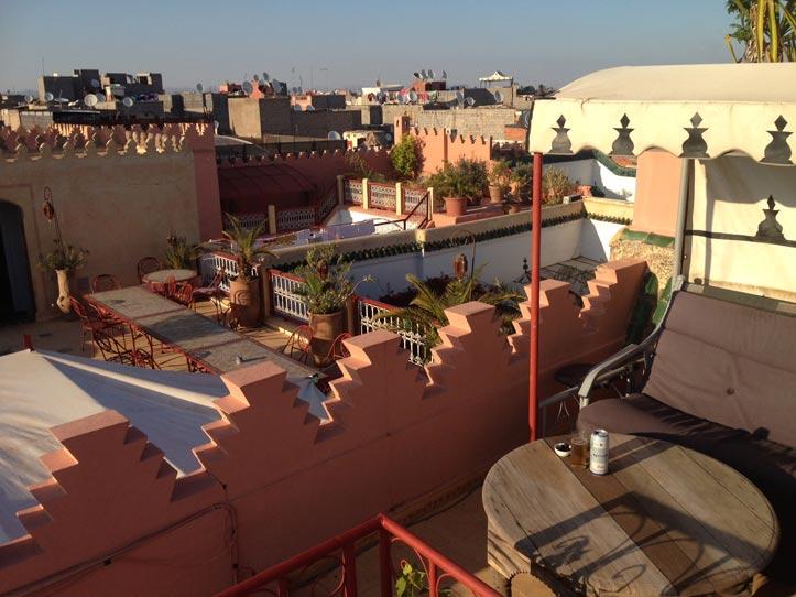 Riad Marrakesch - hier die Dachterrasse des Ifoulki