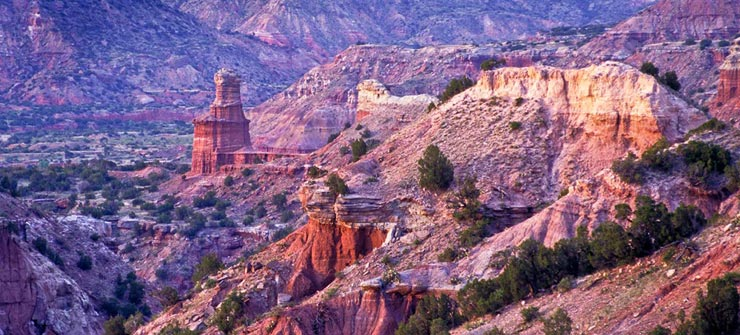 luxurioese-ranch-texas-lighthouse-peak_-palo-duro-canyon