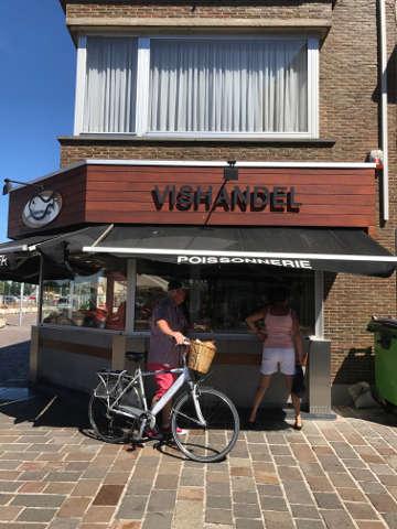 Nieuwpoort Hausboot Fischladen