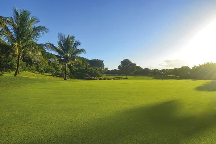 Mauritius Golf Hotel Beachcomber Trou aux Beach Mont Choisy