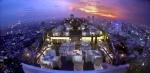 Vertigo-Restaurant-mit-MoonBar-Banyan-Tree-Hotel.jpg